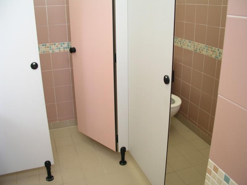 toilet women2